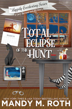 Total Eclipse of the Hunt by Mandy M. Roth